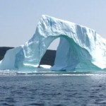 ¡Impactante! Captan #VIDEO De Colapso De Iceberg Que Causa Enorme Ola