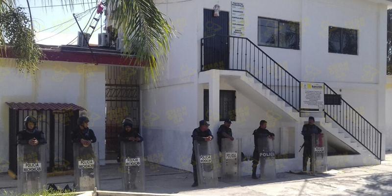 golpean-a-edil-de-buenavista-tomatlan-michoacan