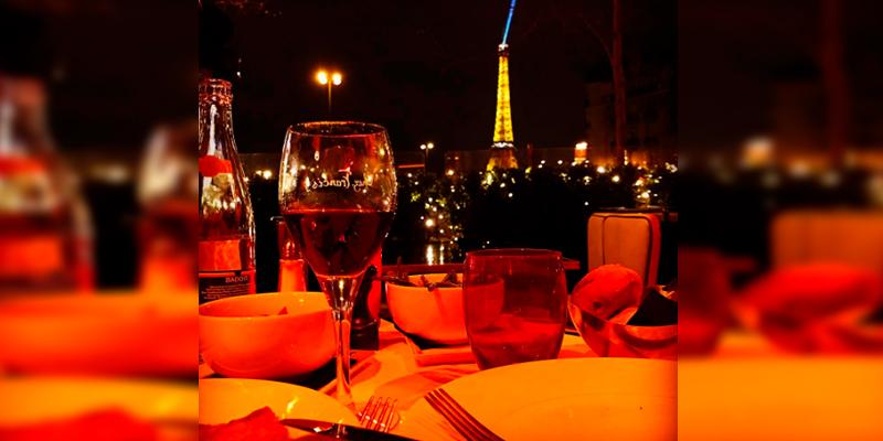 Chicharito-publica-una-foto-desde-París-para-celebrar-San-Valentín-1