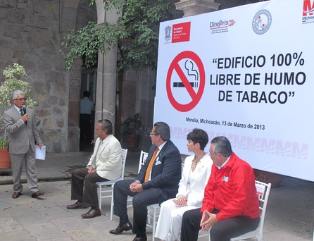 """Declaran """"Edificio 100% libre de tabaco"""" Oficinas Centrales de la Secretaría de Salud en Michoacán"""