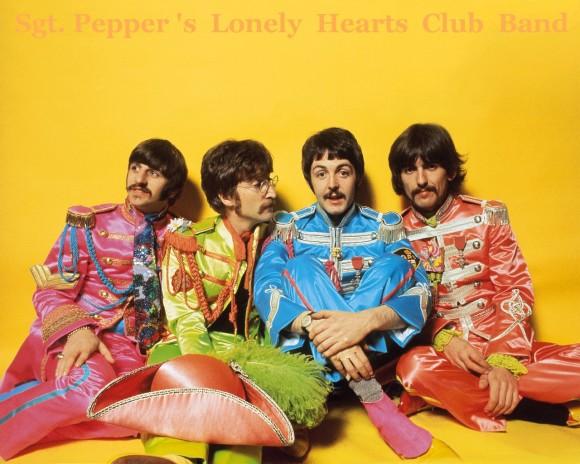 """Photo of Fanáticos celebran hoy 16 de enero el """"Día Mundial de los Beatles"""""""