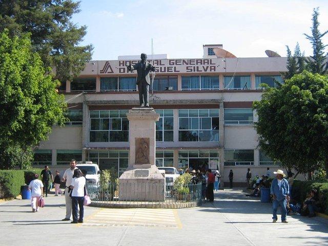hospital civil morelia fachada