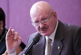 Photo of Comisionado Mondragón y Kalb podría presentar su renuncia el día de mañana
