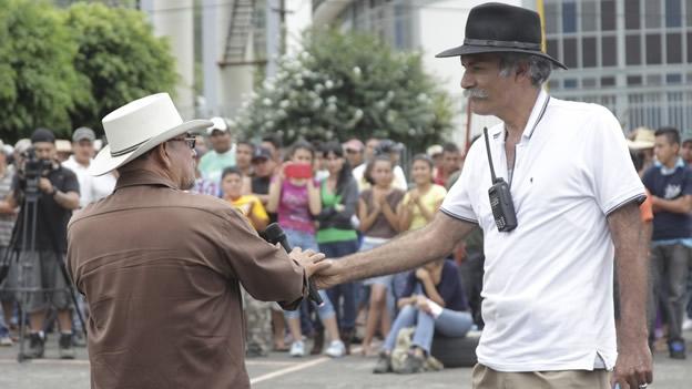 Photo of Autodefensas ya se encuentran en Morelia, confirman sus líderes
