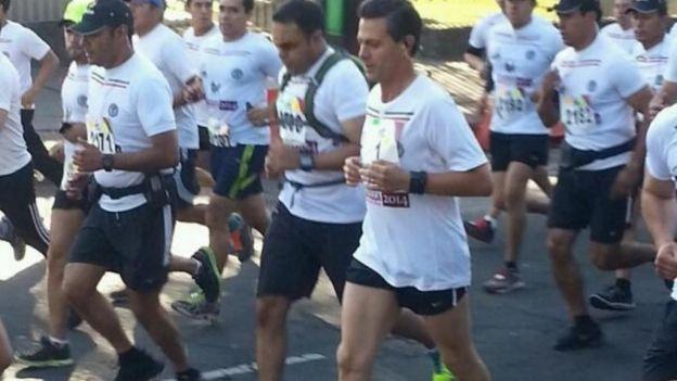Photo of Enrique Peña Nieto participa en carrera Molino del Rey