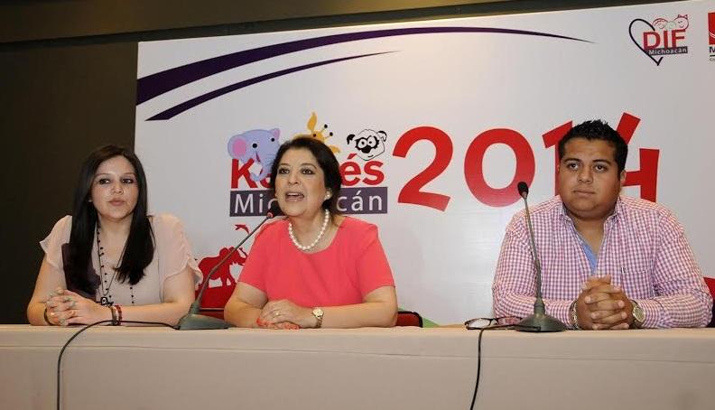 Nelly Sastré Gasca, Patricia Mora, DIF Michoacán Kermés