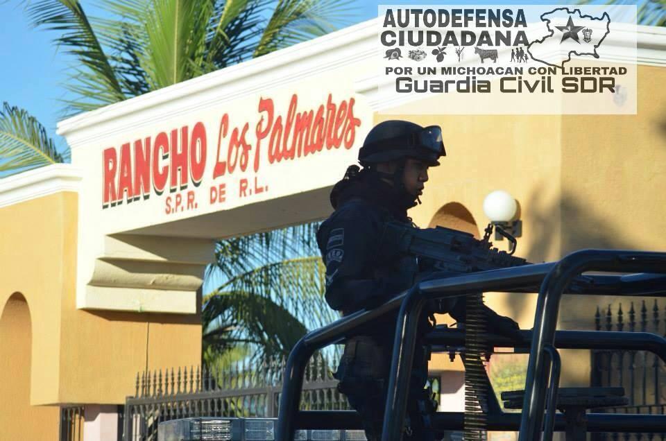 federales y autodefensas en el rancho los palmares la ruana