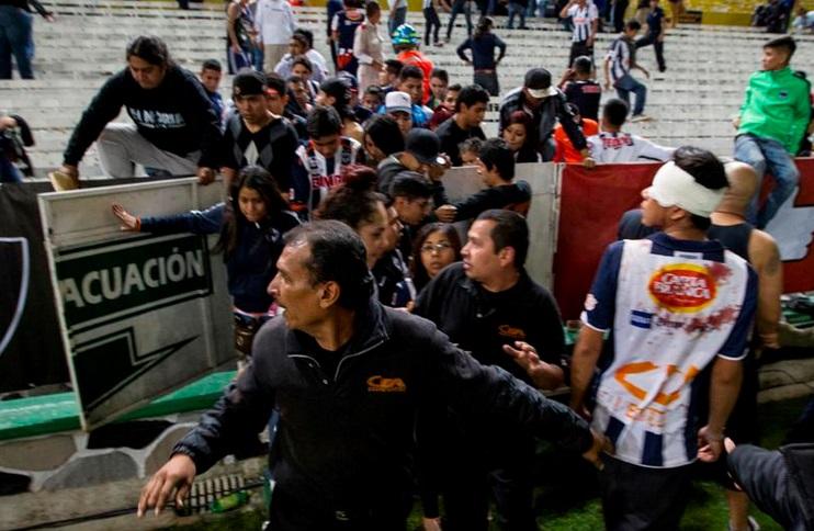 pelea Atlas vs Monterrey 2014