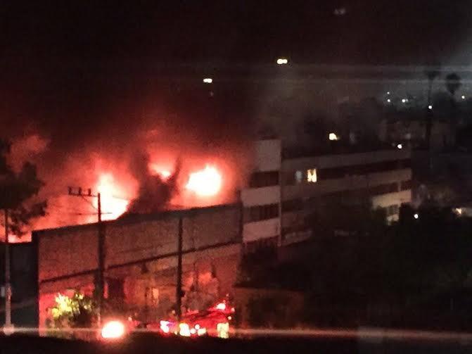 incendio de fabrica en la cuauhtemoc