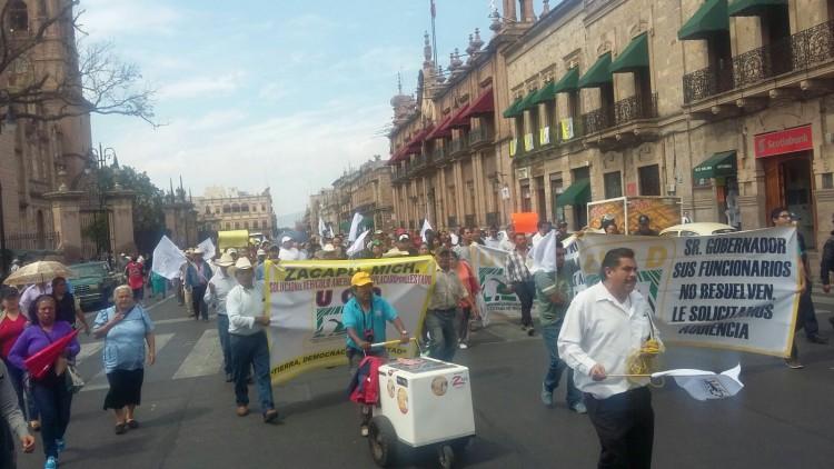 Unidad Campesina Democrática marcha morelia