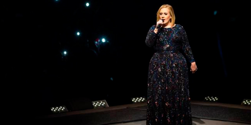 #OMG!-Adele-Se-Casa-En-Secreto