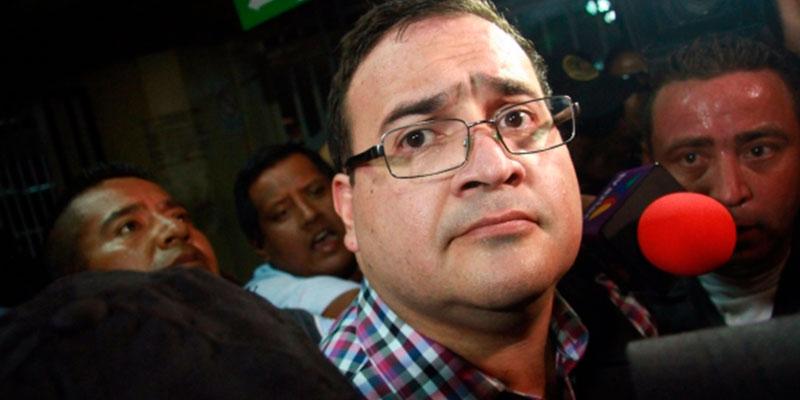Le-Dan-Un-Zape-A-Javier-Duarte