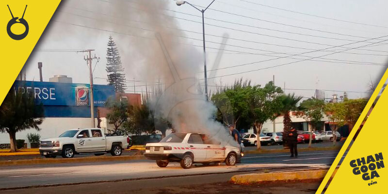 taxi-incendio-Morelia