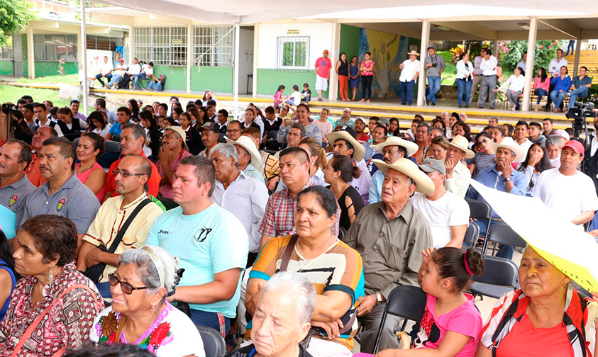 mil-pesos-Adutlo-Mayor-vivir-Michoacán