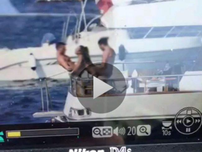 Trio video sexual Italia yate
