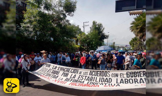 marcha-CNTE-Casa-de-Gobierno-2
