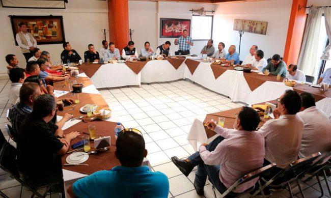 reunion-taxistas-SSP-Uruapan