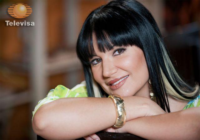 Photo of Sí Existe El Catálogo De Actrices En Televisa, Pueden Ganar Hasta Un Millón De Pesos Por Noche: Alejandra Ávalos