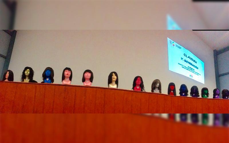 Graduación-primera-generación-banco-taller-pelucas-artesanales-oncológicas-Michoacán