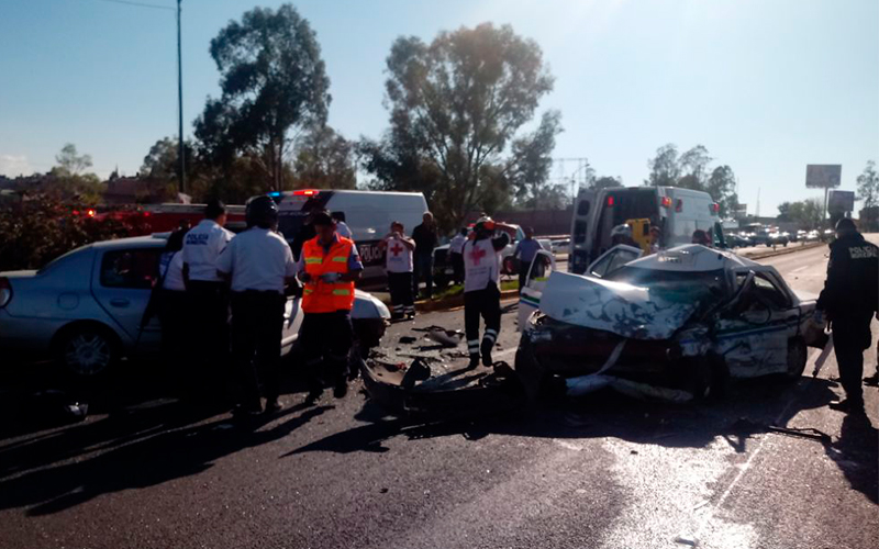 Accidente salida salamanca morelia 1 noticias de ltima for Noticias de ultima hora espectaculos mexico