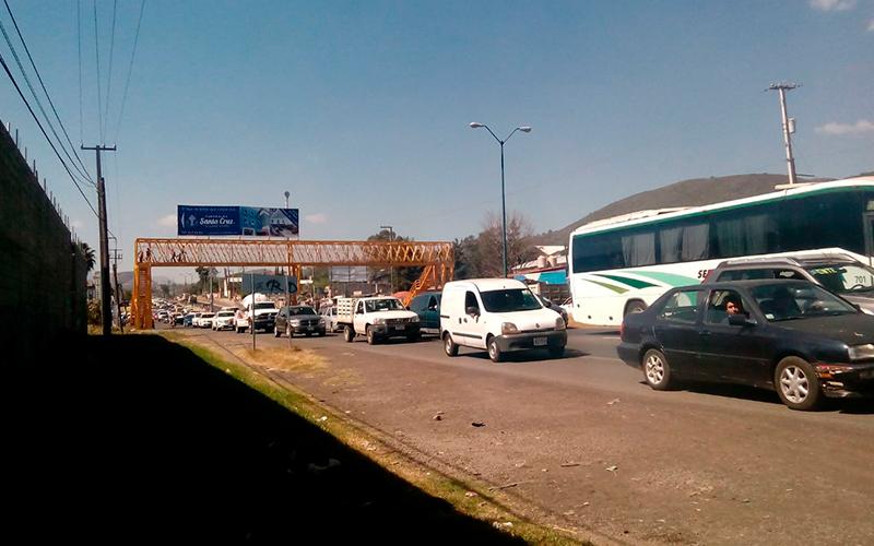 caravana-motorizada-CNTE-Pátzcuaro