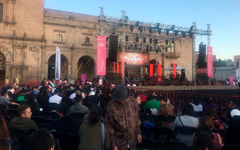 concierto-Julieta-Venegas-FMM-Morelia