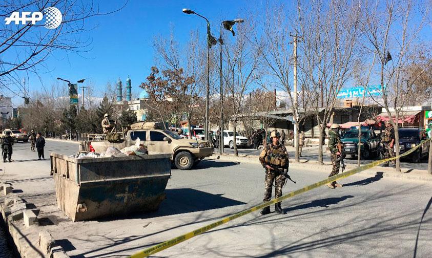 Photo of Doble Ataque Suicida En Kabul Deja Al Menos 40 Muertos