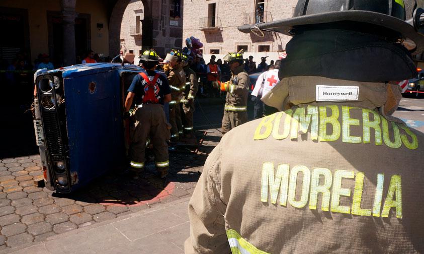Photo of #Morelia Por Falta De Seguro Automotriz PC Atiende Emergencias Con Dos Unidades