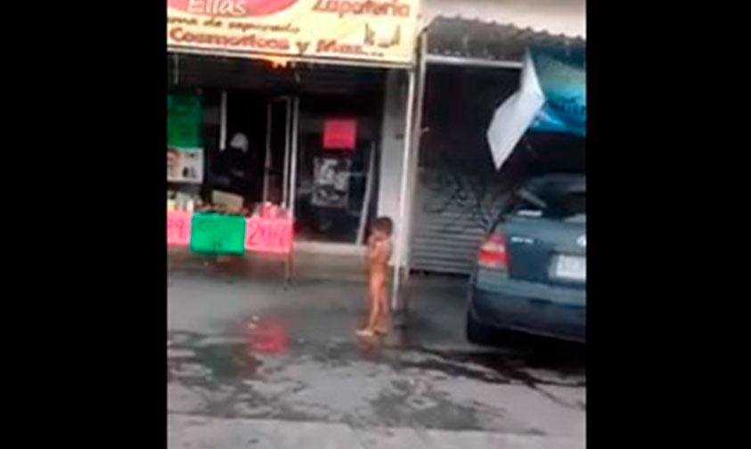 niño-baño-frío-Monterrey