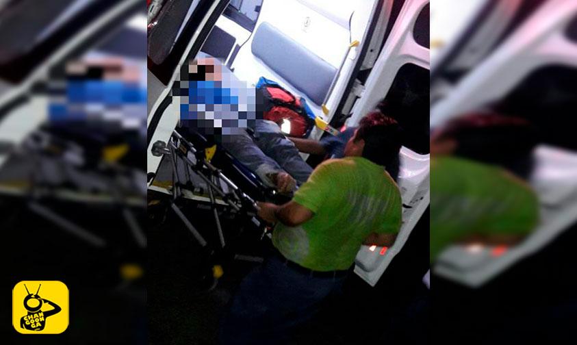 Photo of Se Vuelva Camión Cargado De Limones Y Deja Dos Lesionados En Apatzingán