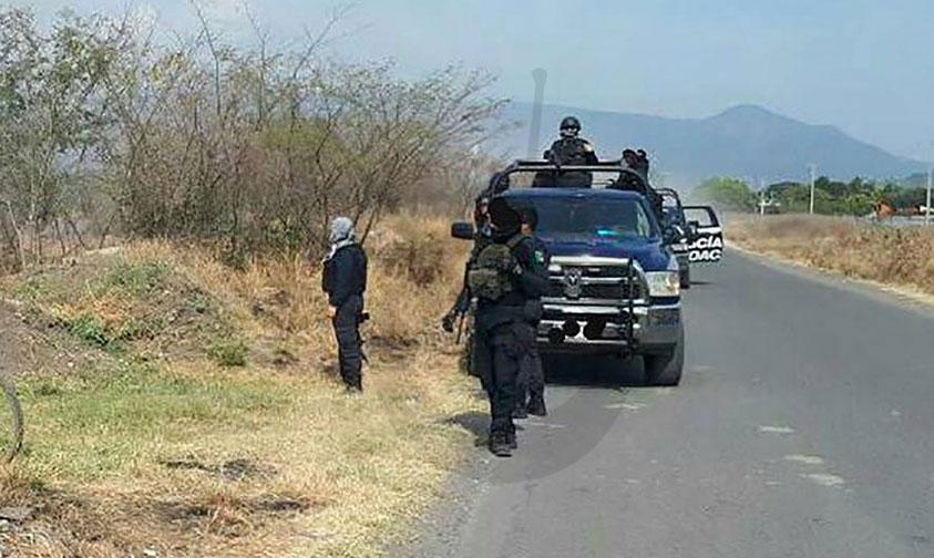 Apatzingán-persecución-auto-robado