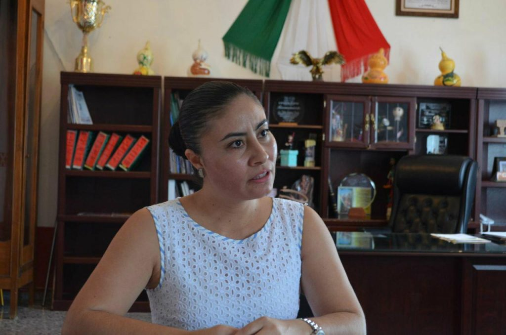 Photo of Sale Libre Ex Alcaldesa De Huetamo Para Cumplir Arraigo Domiciliario