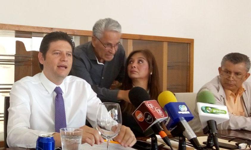 Photo of Ayuntamiento De Morelia Ha Mostrado Capacidad Para Inhibir Narcobloqueos: Alfonso