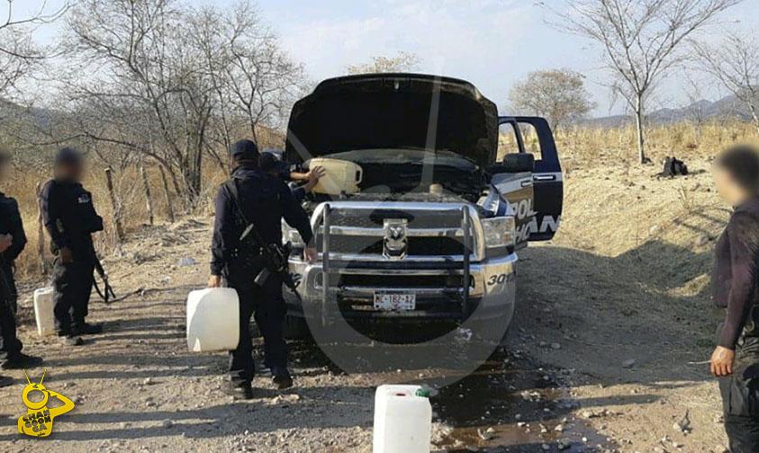 Photo of #Michoacán Se Incendia Patrulla En La Región De Tuzantla
