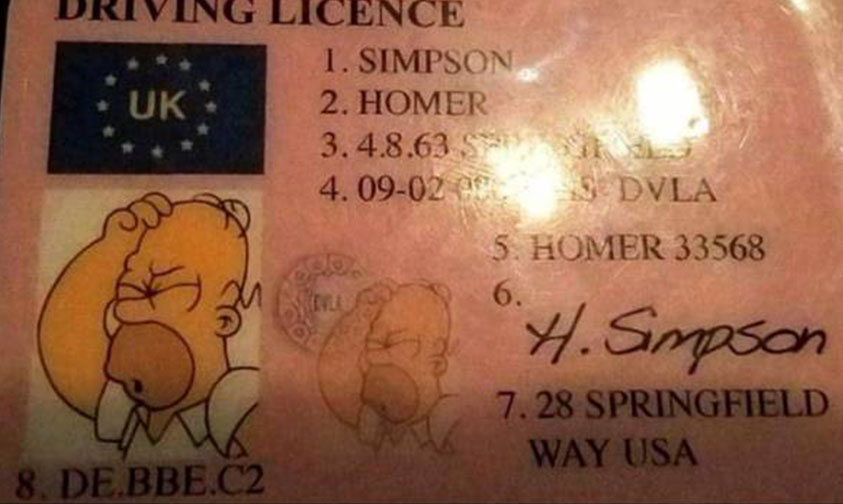 licencia Homero Simpson Inglaterra