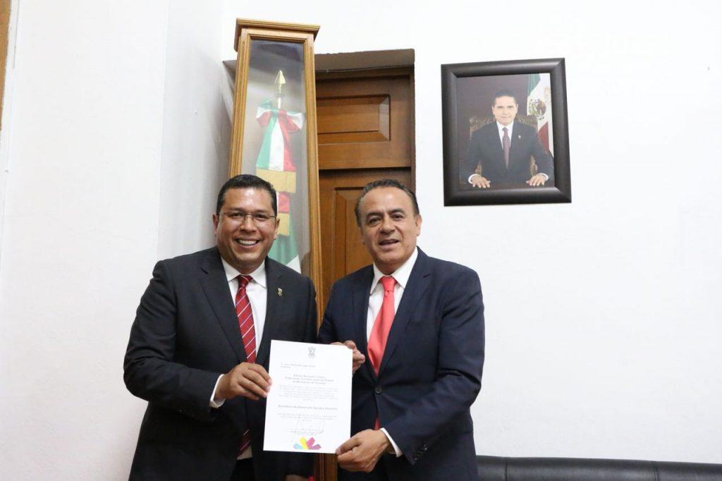 Photo of Nombran a Nuevos Titulares De Sedesoh Y De La Consejería Jurídica