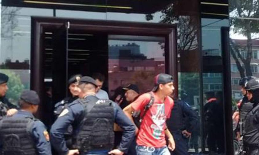 Photo of #CDMX Fuerte Operativo En La Colonia Anzures Por Robo A Periódico