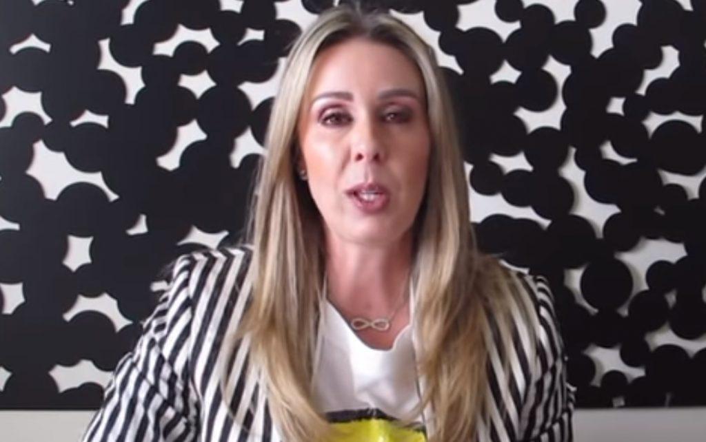 Photo of Atala Sarmiento No Quiso Firmar El Contrato Como TV Azteca Quería Y La Corrieron