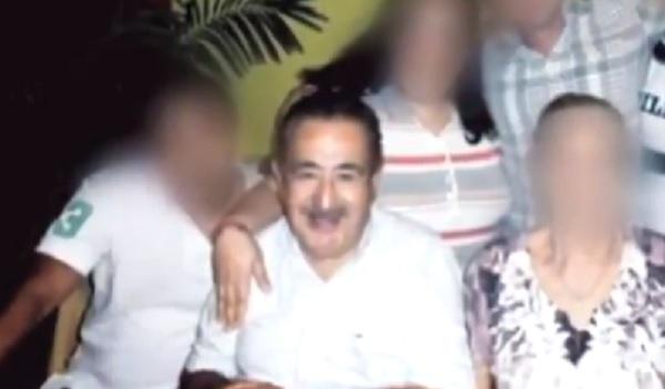 Photo of Pasa En México: Le Mocharon La Mano A Exrector Por No Traer Dinero Al Asaltarlo