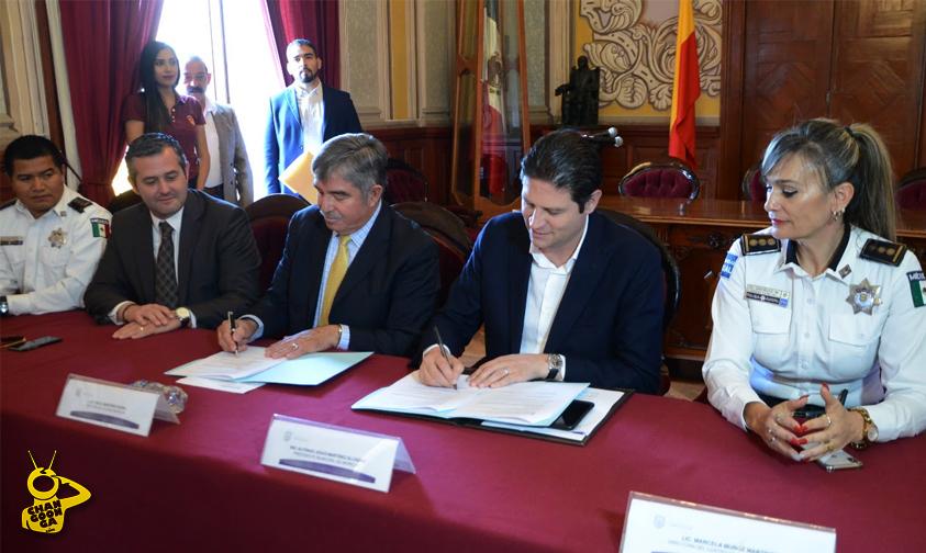 Photo of Ayuntamiento De Morelia Firma Carta Con UVAQ, Para Impulsar Justicia Cívica En El Municipio