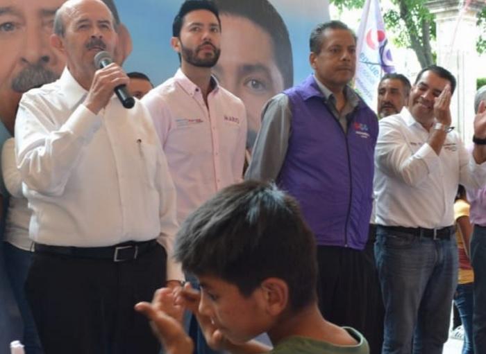 Photo of La Elección Presidencial Ya Sólo Es Entre AMLO Y Meade: Fausto Vallejo