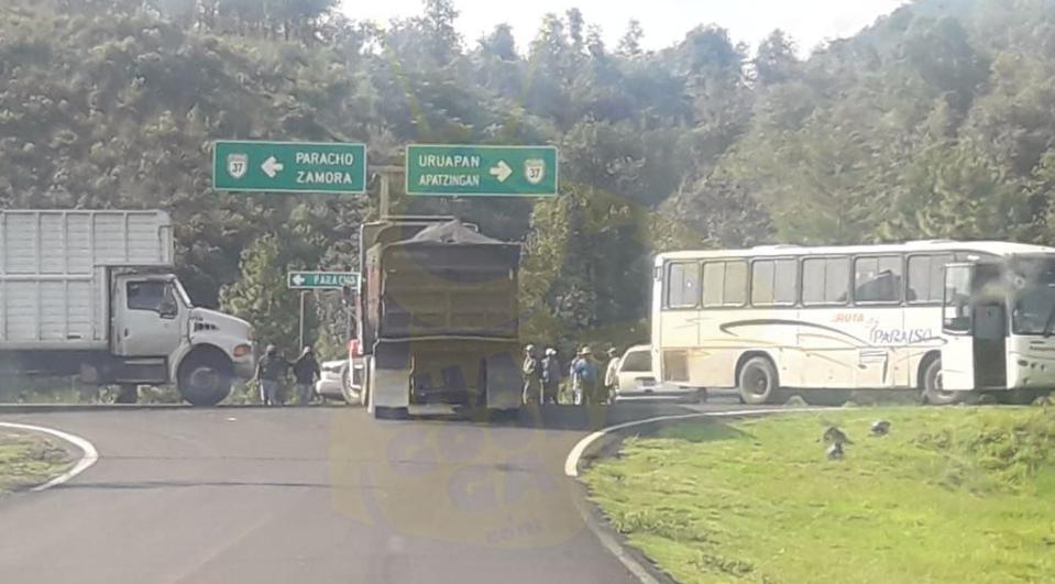 Photo of #Michoacán CSIM Toma Carreteras Para Impedir La Instalación de Casillas