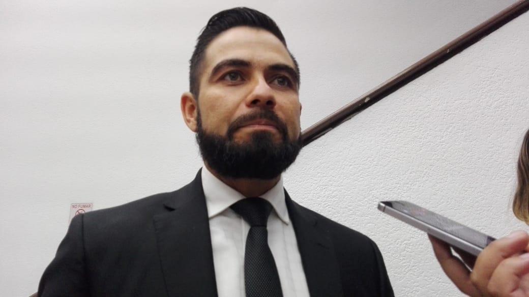Photo of Sin Autorización De Licencia Diputado De PRD Hace Campaña En Nocupétaro Y Acumula Seis Faltas