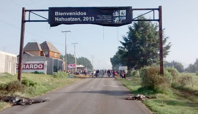 Photo of Cortan Carretera En Sevina Para Impedir Ingreso De Material Electoral