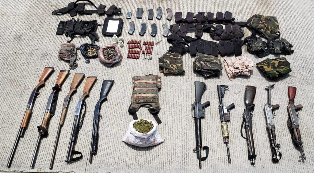 Photo of Operativo En Tierra Caliente Deja Once Detenidos Con Todo Y Arsenal