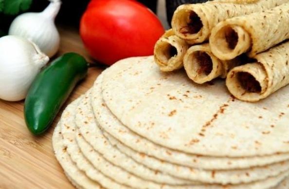 Photo of Estudiantes De La UNAM Inventan Tortilla Que Ayuda A Adelgazar