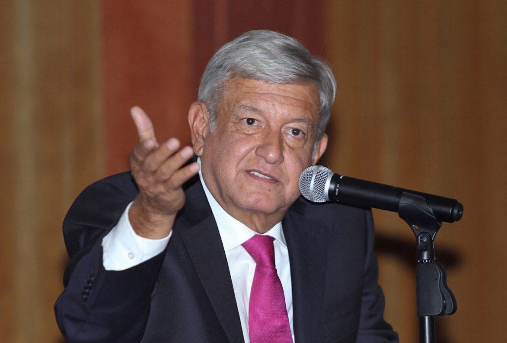 Photo of AMLO Pide A Gobernadores Romper Con Viejo Molde