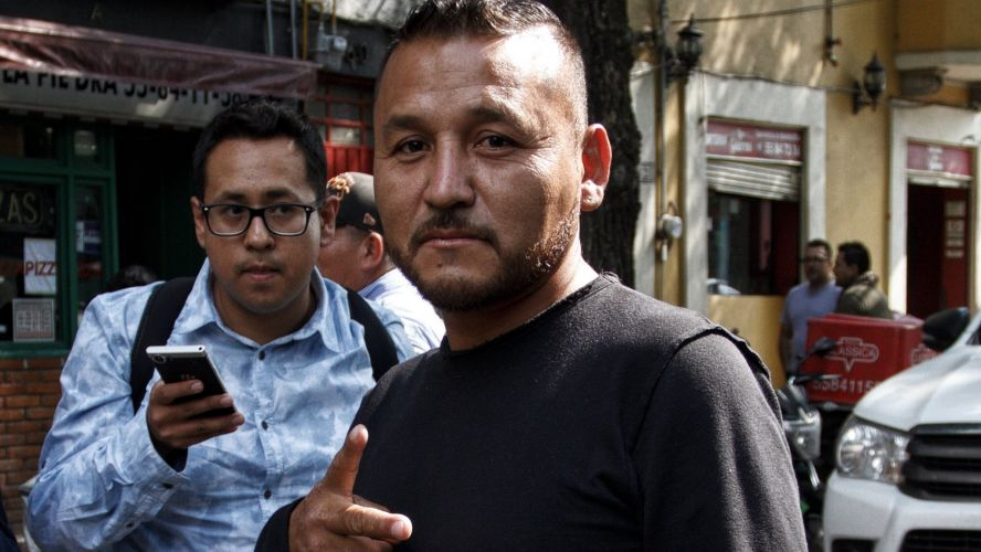"""Photo of ¡Atentos! Este Año Saldrá El Libro De Las Memoria Y Vivencias De """"El Mijis"""""""