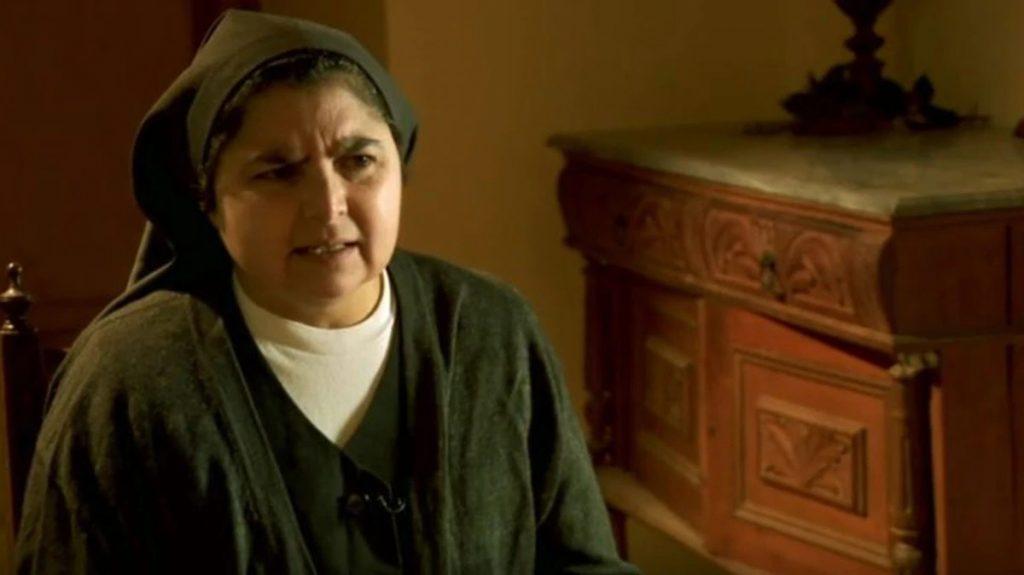 Photo of Monjas En Chile Alzan La Voz Y Denuncian Abusos Sexuales De Sacerdotes