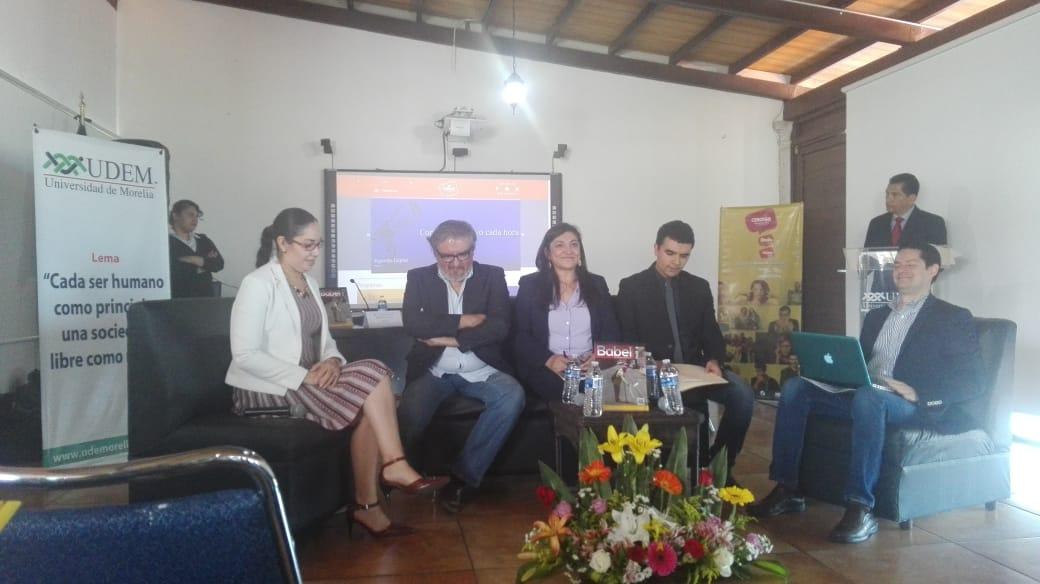 Photo of Celebran La Crónica En La Presentación De La Edición 13 De La Revista Babel